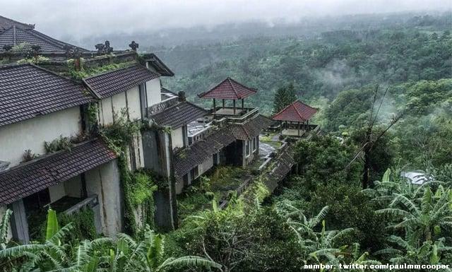 Hotel Berhantu di Bali Milik Tommy Soeharto Ini Konon Dihuni Wanita Penggoda. Lihat Dalamnya, Yuk!