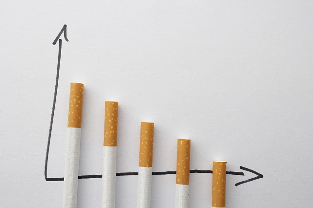 manfaat olahraga kurangi rokok