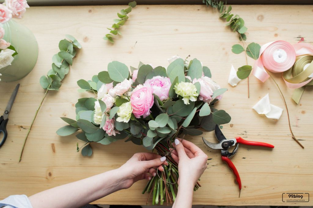langkah langkah merangkai bunga
