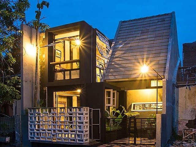 11 Desain Fasad Rumah Industrial Yang Impresif Hunian Unik Masa Kini