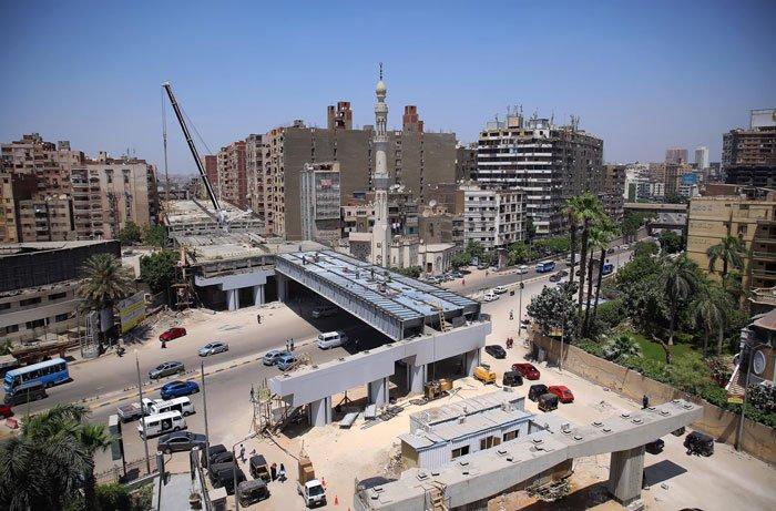 bangunan dekat Teraet Al-Zomor