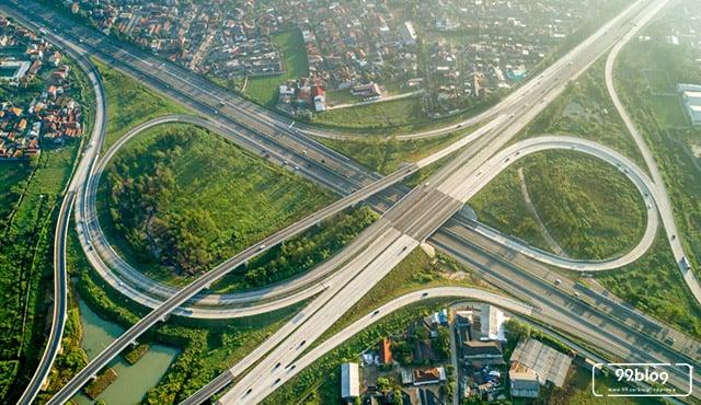 Baru Diresmikan, Ini 4 Fakta Jalan Tol Terpanjang di Indonesia yang Memecahkan Rekor