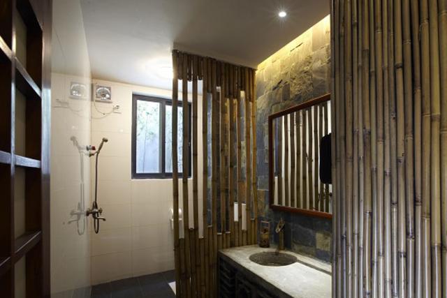 kamar mandi bambu