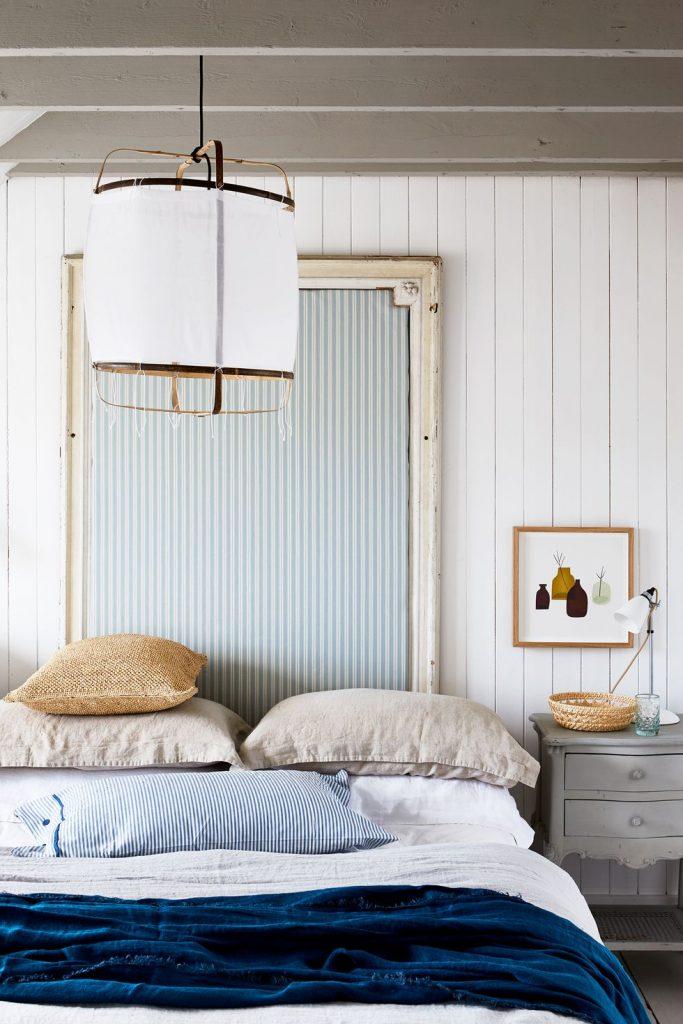kamar tidur bernuansa lautan dengan sentuhan shabby chic