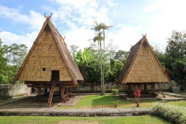 5 Keunikan Rumah Adat Tambi dari Sulawesi Tengah. Sudah Tahu?