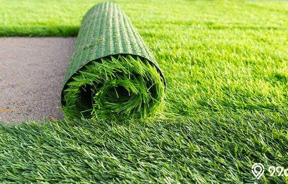rumput sintetis digulung