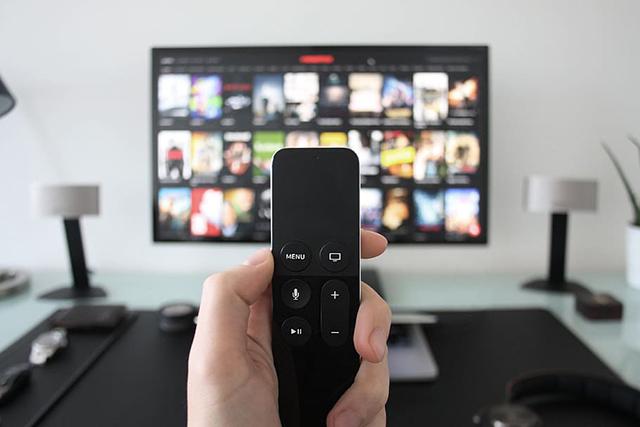 penyebab warna TV rusak