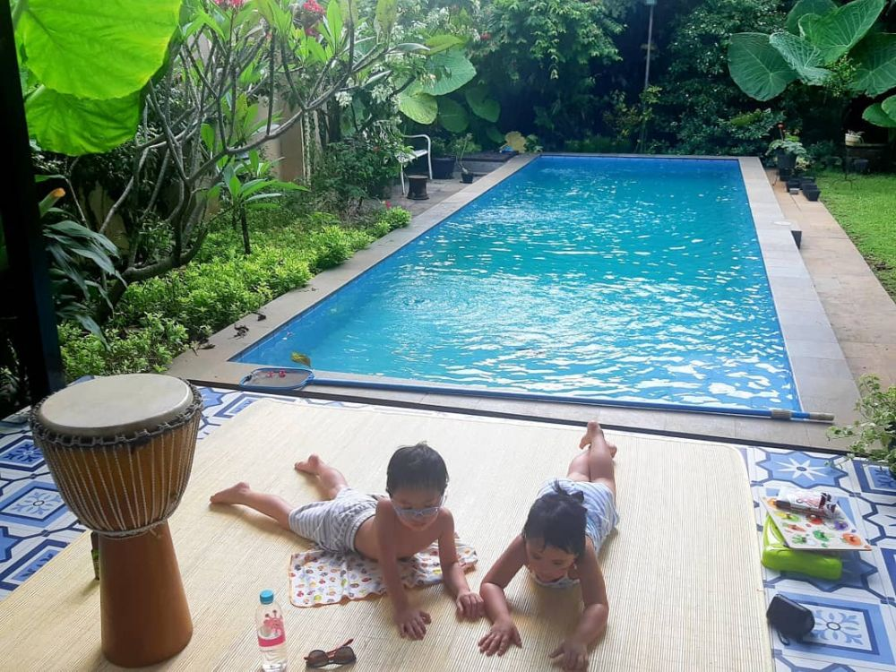kolam renang anak cynthia lamusu
