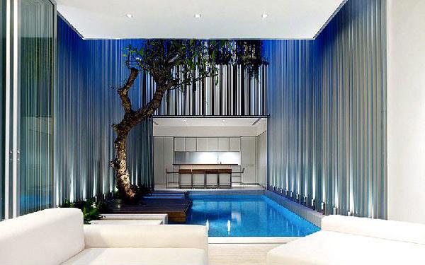 kolam renang mini