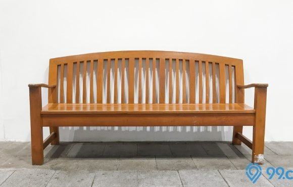 kursi kayu panjang