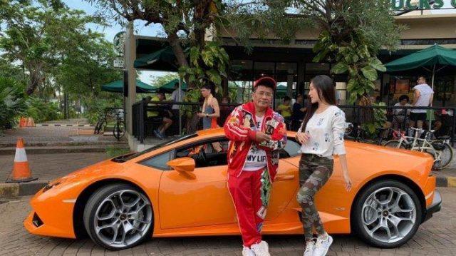 Lamborghini hotman paris