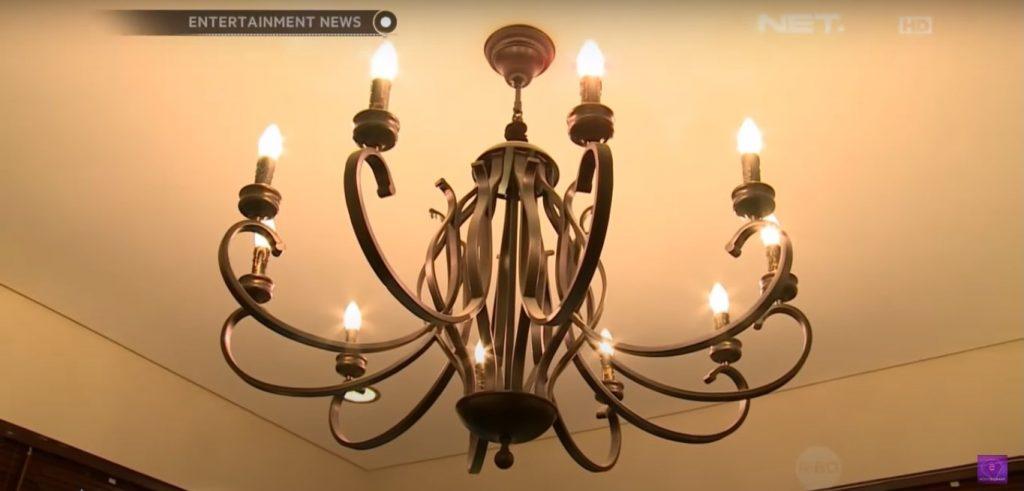 lampu gantung besi