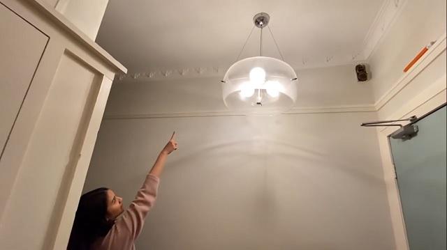 lampu apartemen Andy Ambarita