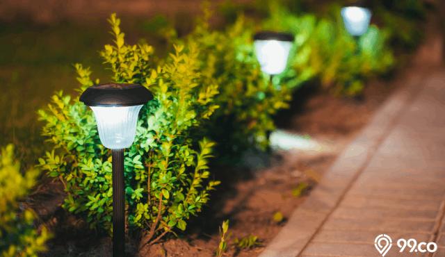 7 Inspirasi Lampu Hias Taman Untuk Referensi Eksterior Rumah