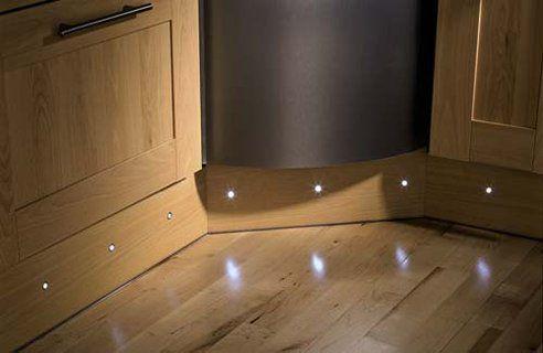 plint lampu led