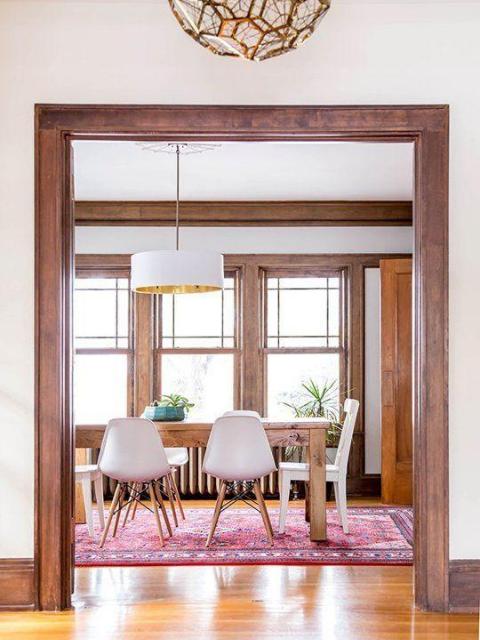 ruang makan kayu