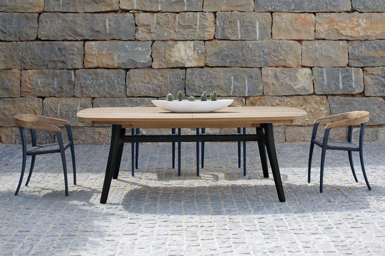 ruang makan outdoor