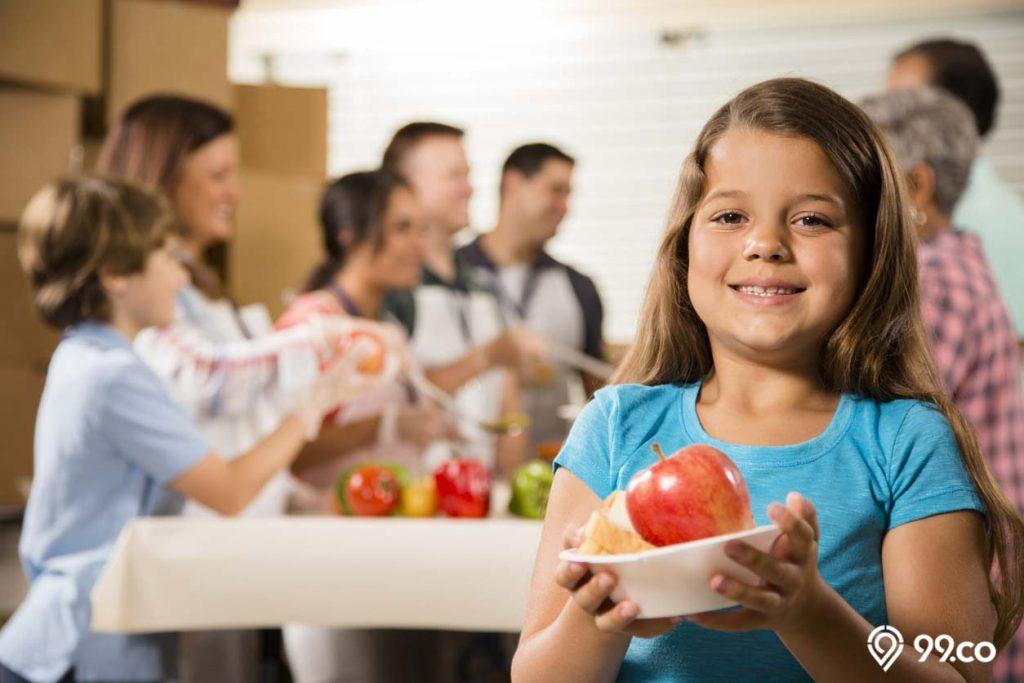 makan apel mengatasi bau mulut