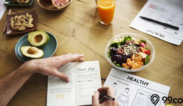 7 Makanan Penurun Berat Badan dan Tips Mengatur Pola Makan Saat Diet!