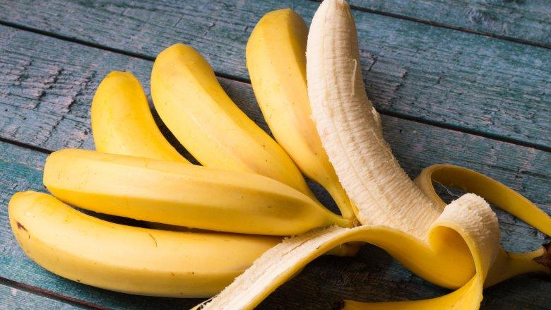pisang untuk rambut rontok