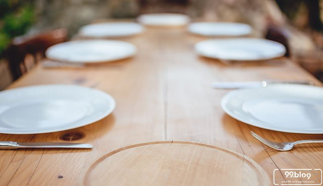 material meja makan