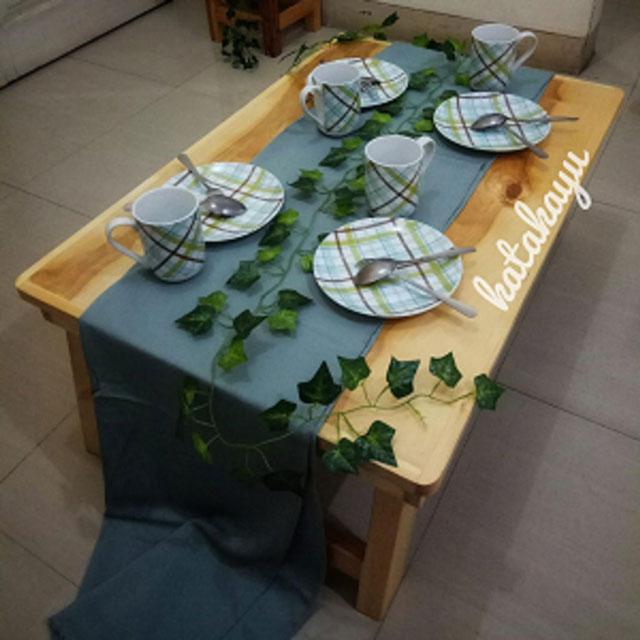 meja lesehan besar