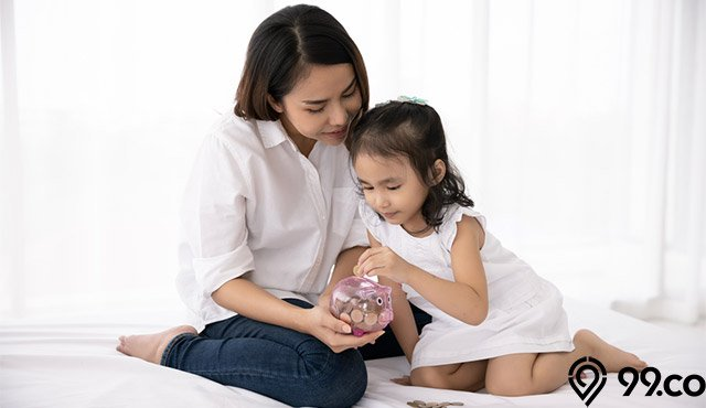 anak ibu menabung mengatur keuangan