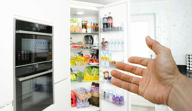 7 Cara Pintar Mengolah Makanan Sisa di Kulkas. Enggak Mubazir!