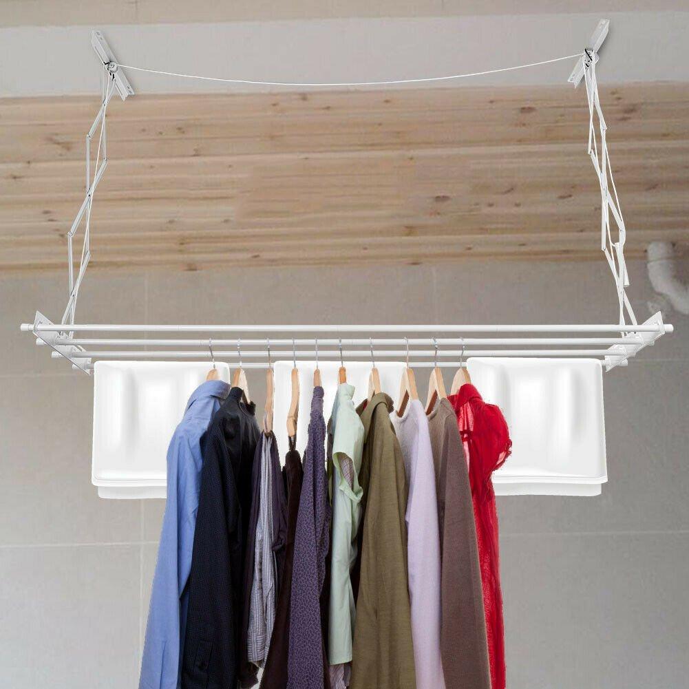 menjemur pakaian dalam rumah