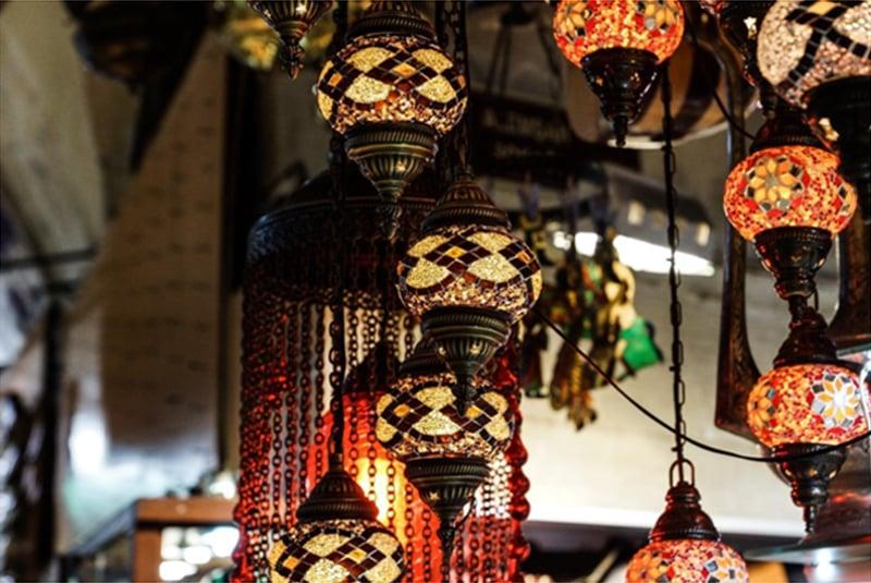 lampu gantung ala Timur Tengah