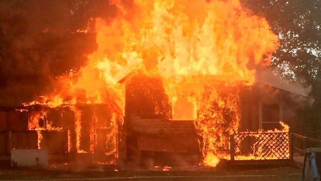 mimpi buruk rumah kebakaran