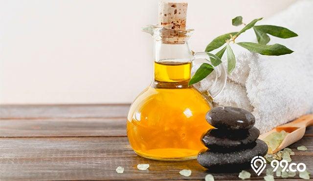 7 Rekomendasi Merk Minyak Zaitun Untuk Wajah 2020