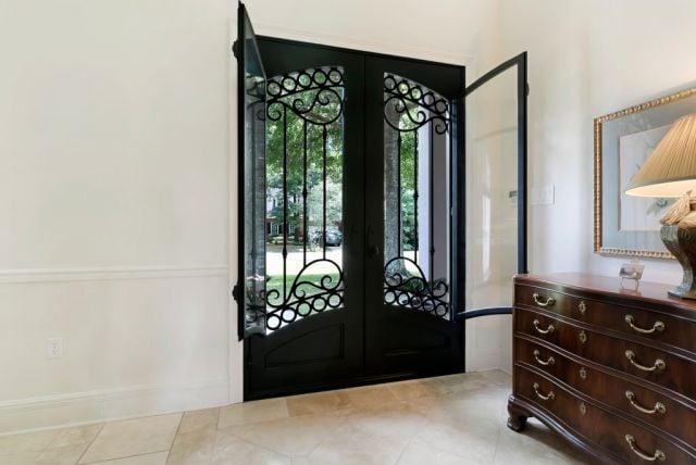 model teralis pintu