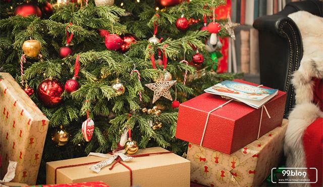 Sebentar Lagi Natal, Lengkapi Pohonmu dengan 7 Pernak-Pernik Natal Ini - Ada Maknanya, Lho!