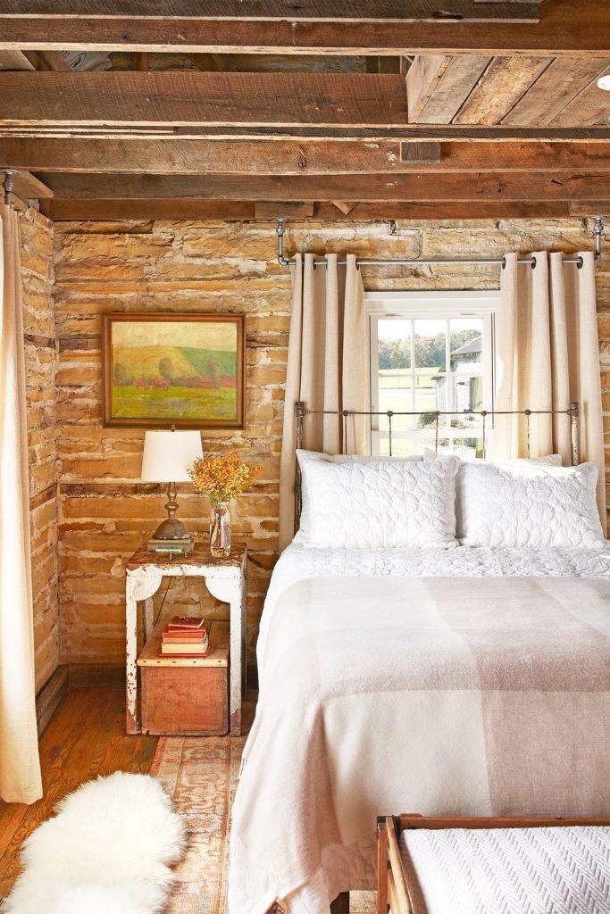 perpaduan shabby chic dan rustic di kamar tidur