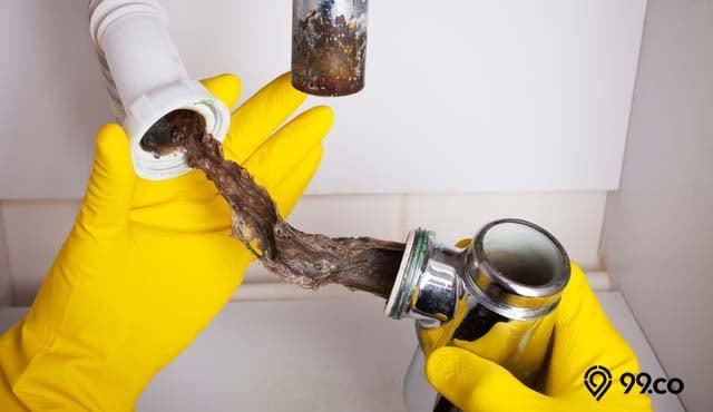 5 Cara Mengatasi Pipa Paralon Tersumbat Paling Efektif | Cukup Gunakan Barang di Dapur!