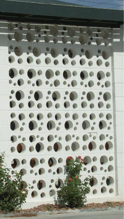 pagar motif lingkaran