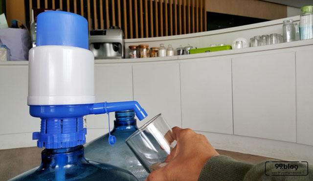 7 Pompa Air Galon Terbaik Manual Hingga Elektrik Di Bawah 150 Ribu