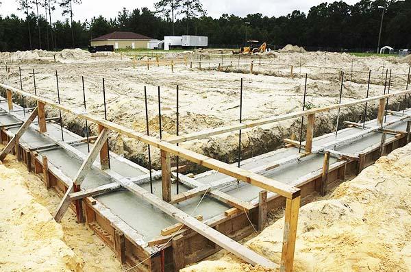 fondasi bangunan tahan gempa