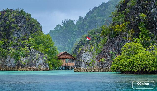 pulau tercantik indonesia