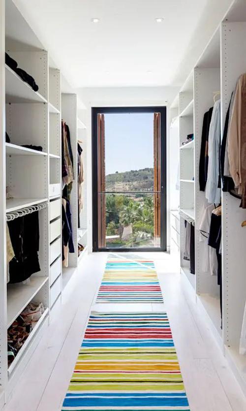 ruang closet