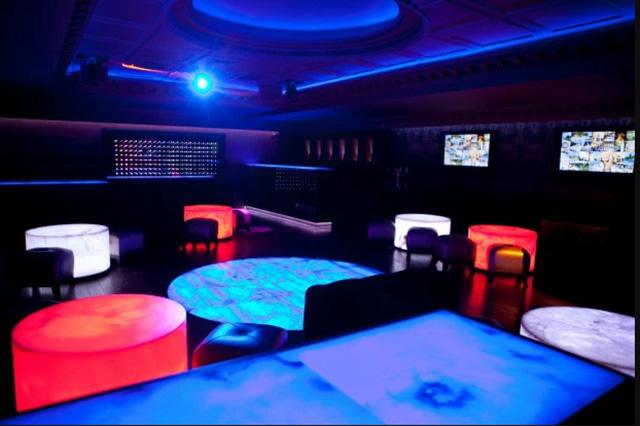 ruang karaoke raja salman