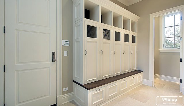ruang mudroom