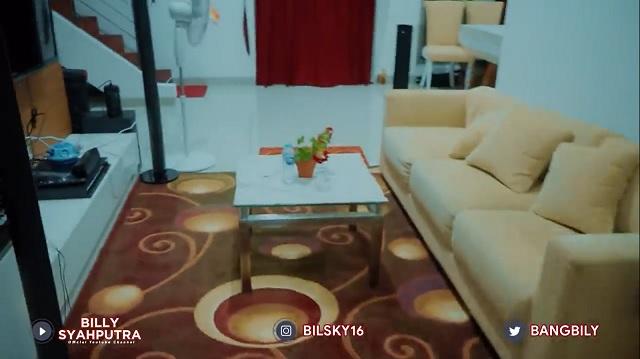 ruang tamu rumah Dinar Candy