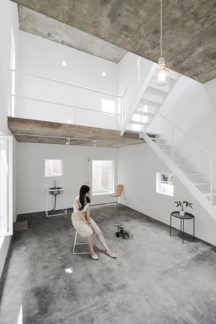 Rumah 4x6 Dengan Konsep Split Level Super Mungil Dan Cantik
