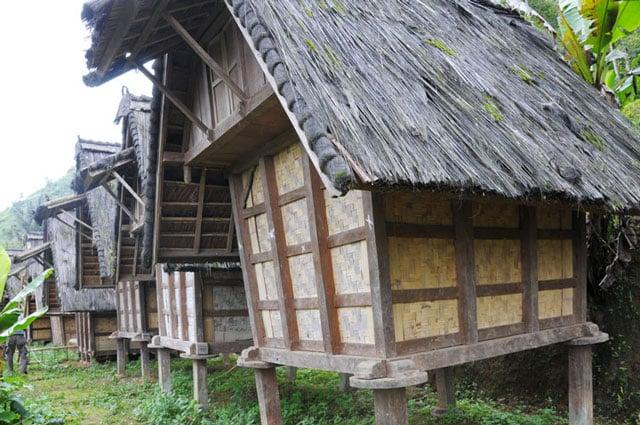 rumah adat bali lumbung