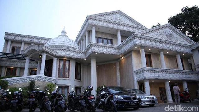 rumah artis indonesia