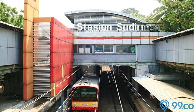 rumah dekat stasiun