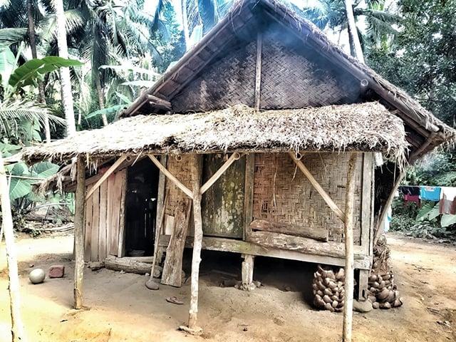 rumah gubuk jaman dulu