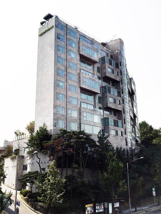 gedung mewah idol kpop